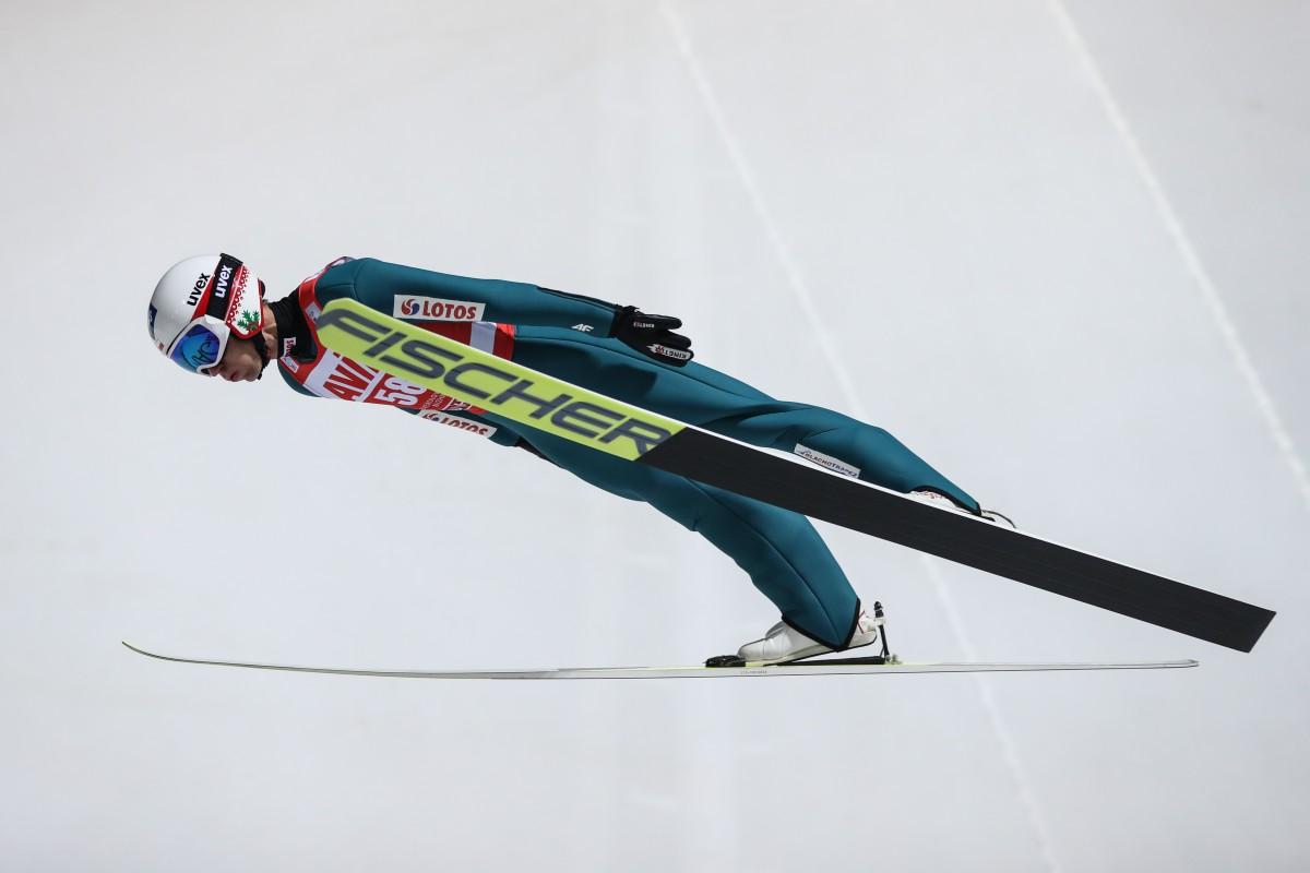 Skoczkowie wystartowali w konkursie Pucharu Świata w Niżnym Tagile po rz pierwszy ze znakiem Blachotrapez_fot. BLACHOTRAPEZ (2)